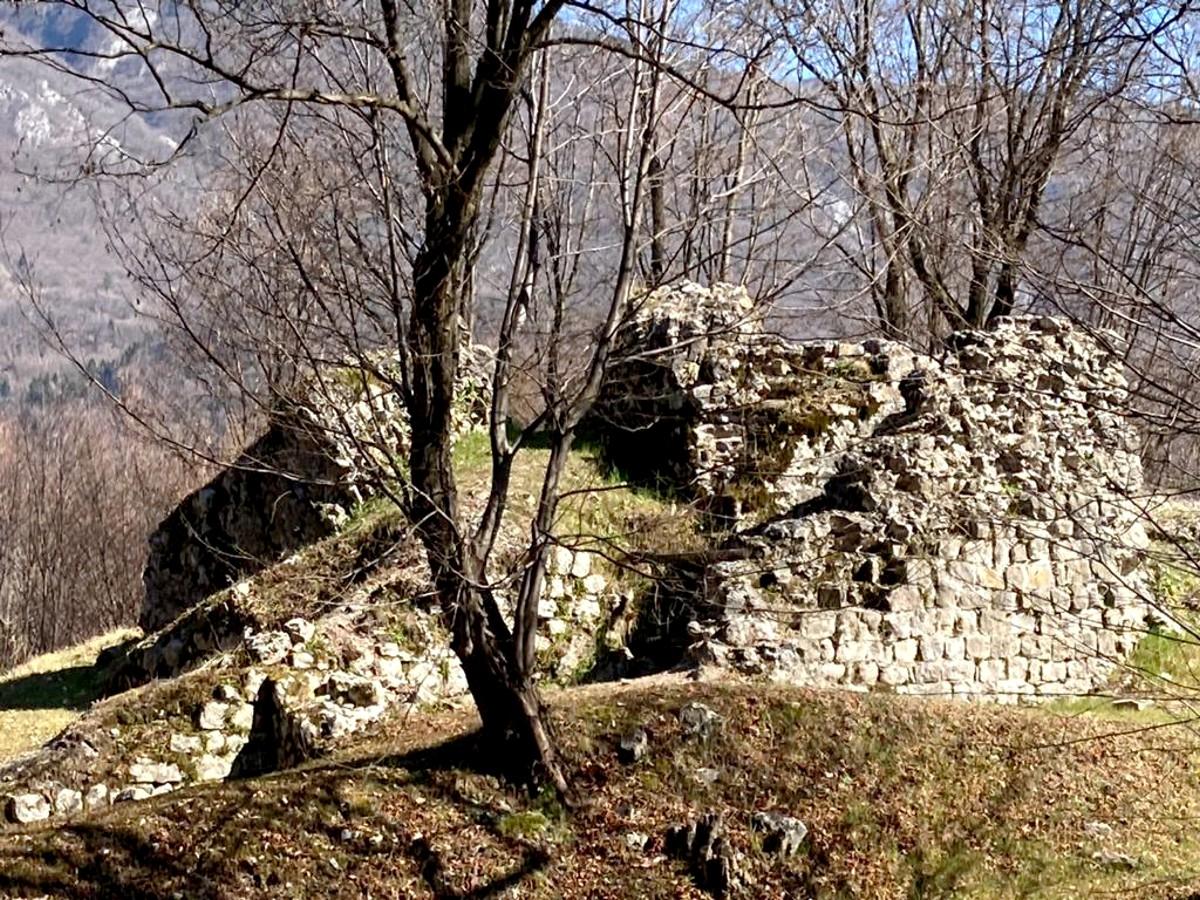 Fregona-Castello di Piai