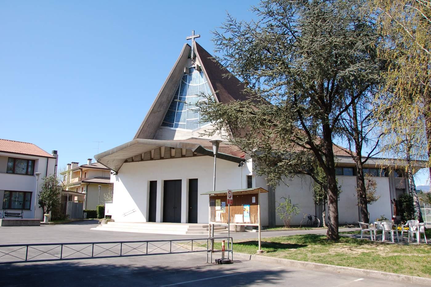 Conegliano-chiesa beata maria vergine di fatima