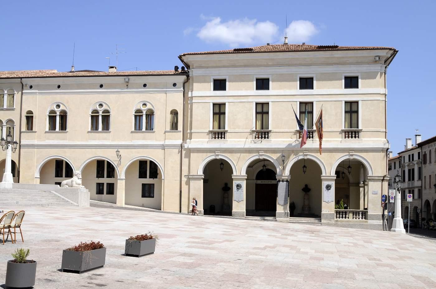 Conegliano-piazza Cima